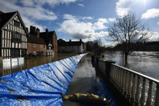 in_pictures Flood defences in Bewdley