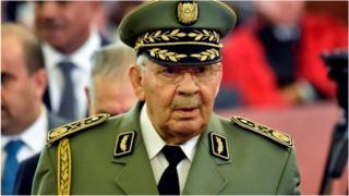 Le général Gaïd Salah, chef de l'armée algérienne, est décédé
