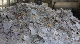 กระดาษใช้แล้วที่อินเดียนำเข้ามาจากต่างประเทศ