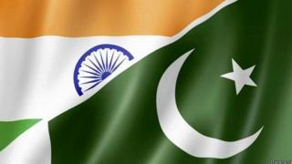 भारत और पाकिस्तान का झंडा