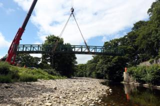 New bridge at Stanhope being lowered into place