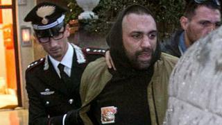 Roberto Spada's arrest, 9 Nov 17