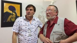 Художники Сергій Захаров (ліворуч) та Сергій Друзяка