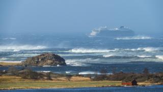 کشتی از ترموسو به استاوانگر می رفت که دریای متلاطم آن معروف است