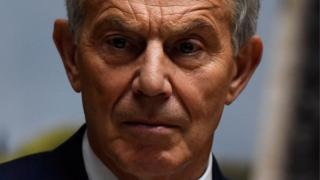 Tony Blair Ra'isulwasaarihii hore ee Britain