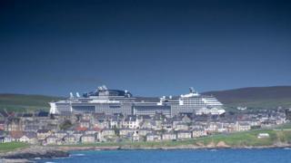 Shetland enjoys record cruise year with 90,000 passengers
