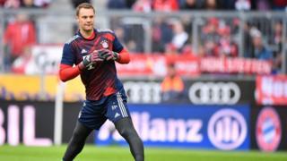 Manuel Neuer refoule la pelouse, six mois après une fracture du pied.