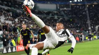 Alex Sandro ti Juventus