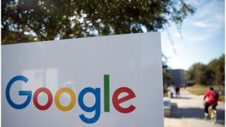 Знак Google біля офісу в Каліфорнії