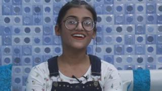 14 वर्षांची समरीन यूट्यूबवर स्वत:चं चॅनेल चालवत आहे. तिचे 14 लाख सब्सक्रायबर आहेत.
