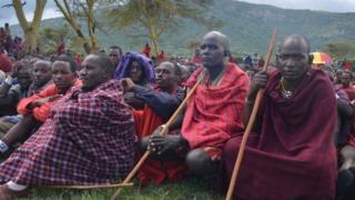 Sawir Hore : Qaar ka mid ah Maasai da degta Tanzania