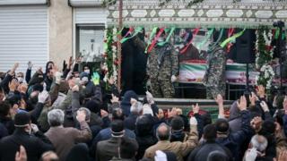 تشییع جنازه حسین اسداللهی