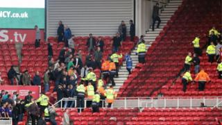 Brawl breaks out after Middlesbrough-Sheffield game