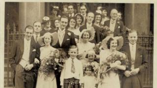 A foto do casamento de Effie