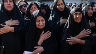 در میان کشته شدگان، نظامی و غیرنظامی، کودک و معلول جنگ ایران و عراق وجود دارد