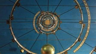 Ilmu sains abad pertengahan di balik Planetarium Royal Eise Eisinga cukup mencengangkan siapapun yang melihatnya.