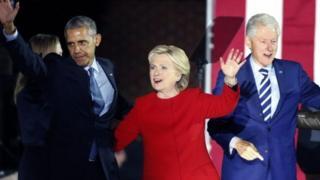 بیل و هیلاری کلینتون و باراک اوباما