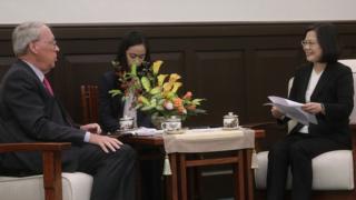 2017年12月,台灣總統蔡英文接見「美國外交政策全國委員會」訪問團