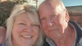 Woman reunited with dad after Facebook friend hint