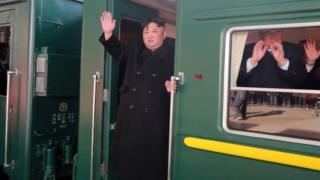 金正恩乘火车赴越南