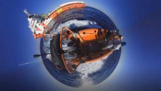 360 image of boat on the Mediterranean