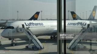 Sawir muujinaya diyaarad Lufthansa ay leedahay / ma ahan diyaaradii la afduubtey