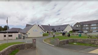 Ysgol Dyffryn Nantlle in Penygroes