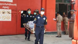 ရွှေဘိုအကျဉ်းထောင်မှာ ဆူပူမှုကို ပစ်ခတ်နှိမ်နှင်းခဲ့တာကြောင့် အကျဉ်းသား ၄ ဦးသေဆုံး