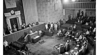 نخستین جلسه خبرگان قانون اساسی