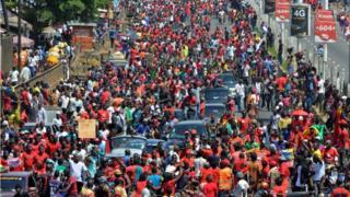 Des Guinéens dans la rue pour protester contre une éventuel 3e mandat du président Alpha Condé