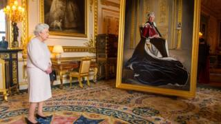 The Queen with her new portrait