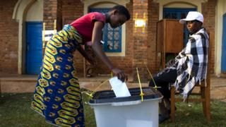 Amatora ya kamarampaka kw'ibwirizwa shingiro rishasha ry'u Burundi yitezwe mu kwezi kwa gatanu