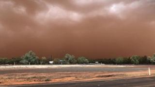 Шторм стався в австралійському місті Чарлевіль, штат Квінсленд