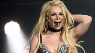 Britney Spears appears to endorse the #FreeBritney movement thumbnail