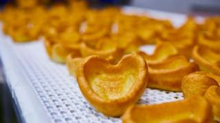 heart-shaped-yorkshire-puddings.