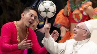 Папа Римский и контроль мяча