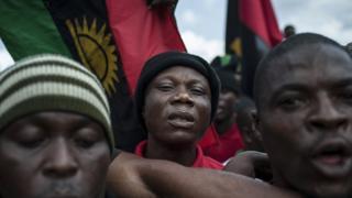 Des partisans des peuples indigènes du Biafra (IPOB) lors des commémorations du 50e anniversaire du début de la guerre.