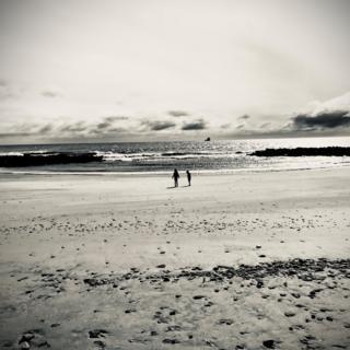 Children on Aberdeen beach