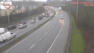 Queues at junction 32 M4