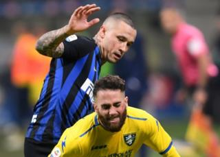 Frosinone's Francesco Zampano in action with Inter Milan's Radja Nainggolan