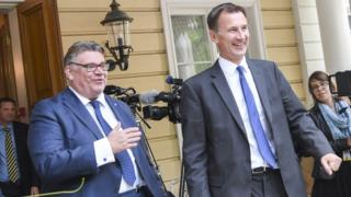 Jeremy Hunt, right, with Timo Soini of Finland