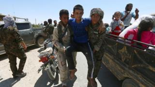 Membic'den kaçan siviller