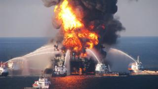 Пожар на буровой платформе Deepwater Horizon