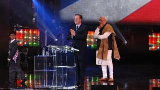 David Cameron and Narendra Modi on stage at Wembley Stadium