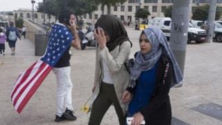 Việc di dời ĐSQ làm phấn khích người Israel nhưng gây giận dữ với người Palestine