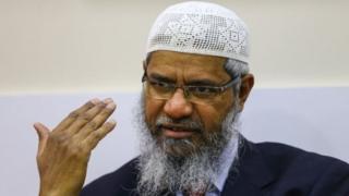 Zakir Naik ayaa diiday dacwadaha laga soo gudbiyay