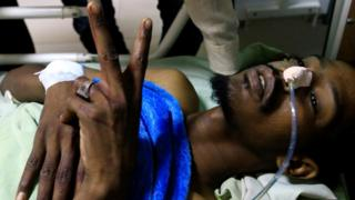 أحد جرحى الاعتداء على معتصمين في الخرطوم