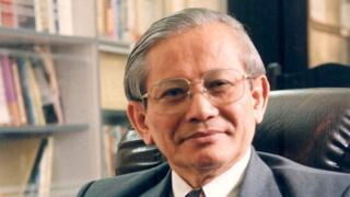 Giáo sư Phan Huy Lê là Chủ tịch Hội Khoa học Lịch sử Việt Nam liên tục từ 1988