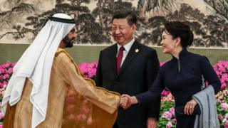 محمد بن راشد آل مكتوم، حاكم إمارة دبي، مع رئيس الصين 26 أبريل/نيسان