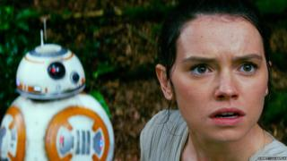 BB-8 and Rey (Daisy Ridley)